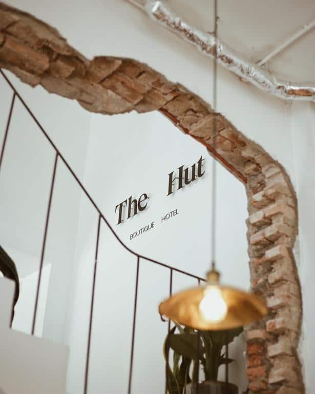 The Hut theo phong cách vintage nền nã, sự tối giản hóa. Hình: The Hut Boutique Hotel - Notre Dame