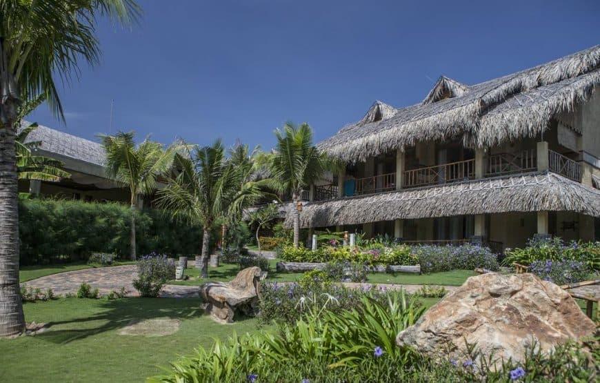 Aroma Beach Resort & Spa là sự kết hợp hài hòa giữa thiên nhiên hoang dã cùng với phong cách hiện đại. Hình: Aroma Beach Resort & Spa