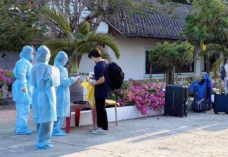 Dịch Covid-19 gây ảnh hưởng nghiêm trọng đến ngành du lịch Việt Nam - Không khí ảm đạm, vắng khách