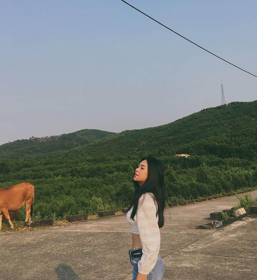 Phong cảnh xanh rì tại hồ Đồng Xanh Đồng Nghệ. Hình: @klinh_renee
