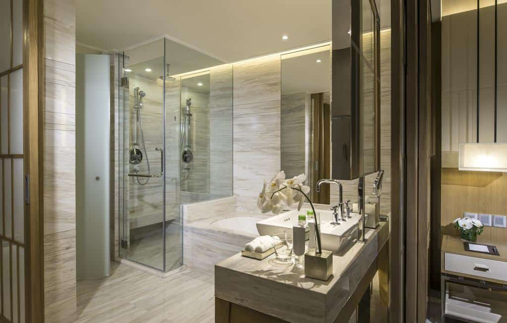 Phòng vệ sinh vô cùng sạch sẽ. Hình: InterContinental Nha Trang