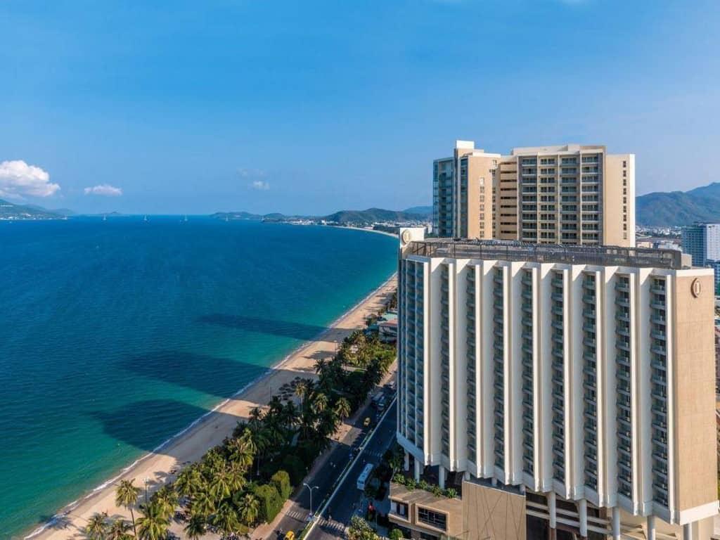 Review khách sạn 5 sao Intercontinental Nha Trang