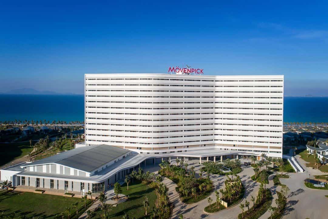 Movenpick Resort Cam Ranh với kiến trúc hình cánh sóng