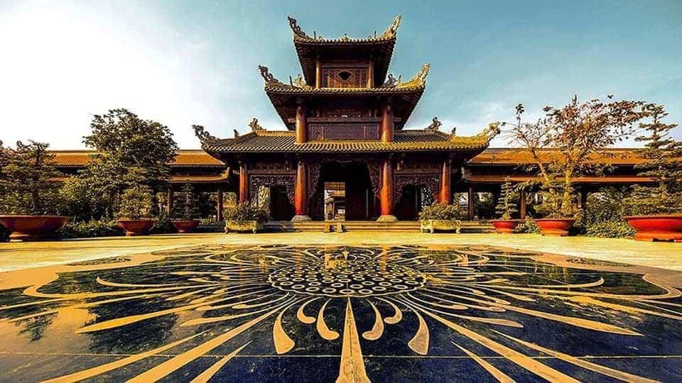 Nam Phương Linh Từ ấn tượng với kiến trúc độc đáo