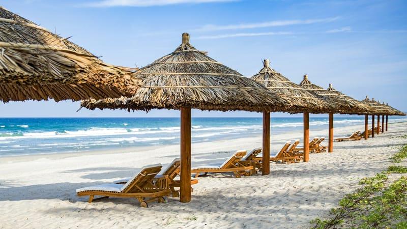 Nghỉ mát ở bãi biển ngay cạnh khách sạn