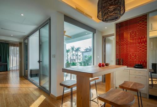 Phòng sinh hoạt chung với thiết kế ấm cúng như chính ngôi nhà của bạn - Là nơi vui chơi, ăn uống cho cả gia đình