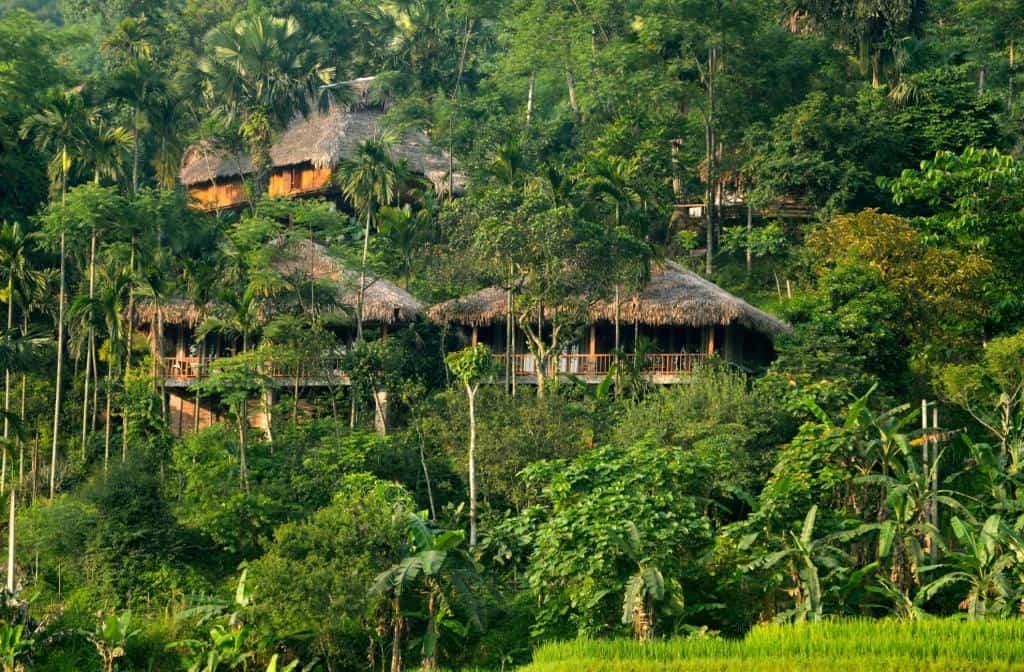 Pù Luông với cảnh sắc thiên nhiên tươi mát thích hợp là nơi nghỉ dưỡng cho cả nhà