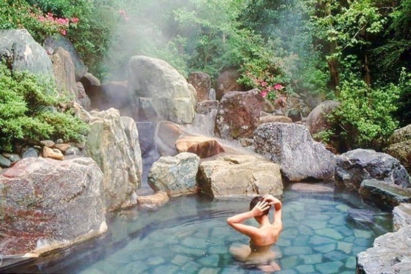 Lên núi Thần Tài tắm ONSEN khám phá nét văn hoá độc đáo của Nhật Bản