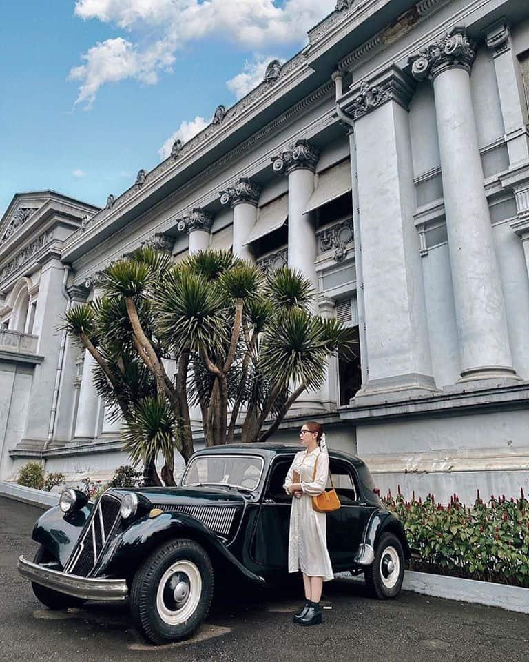 Khung trời Âu sang chảnh trong lòng Sài Gòn - Ảnh Tramcarrottt
