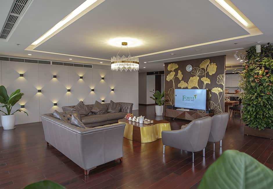 Phòng khách rộng lớn, tiện nghi cao cấp