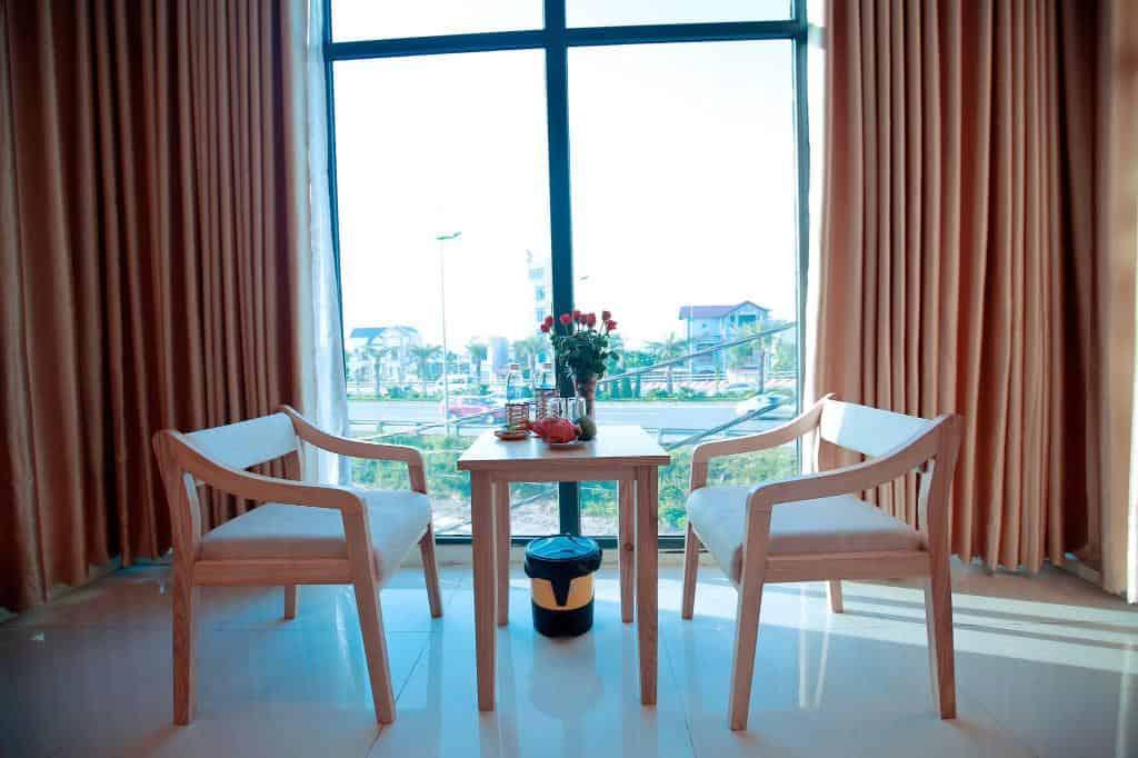View từ cửa sổ trong phòng nghỉ của Anova Airport Hotel