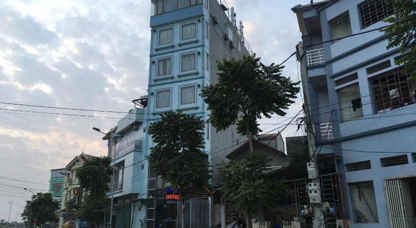 Khách sạn HAAP Viet Travel Hotel nhìn từ bên ngoài