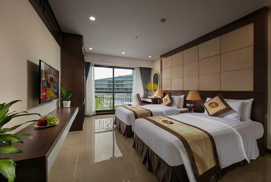 Phòng Suites có không gian rộng thoáng và thiết kế tiện nghi