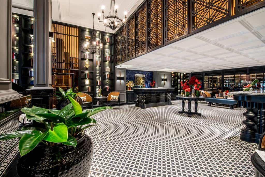 Thiết kế với phong cách Châu Âu ấn tượng làm mọi du khách ấn tượng ngay khi đến khách sạn