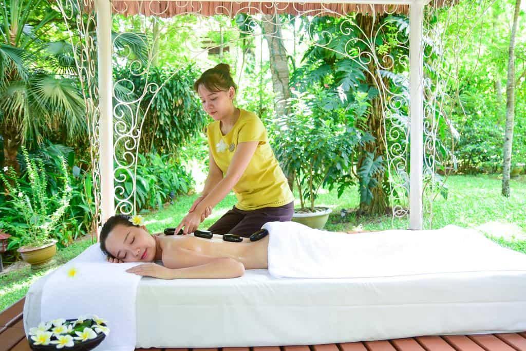 Tận hưởng sự thư giãn khi trải nghiệm dịch vụ Spa