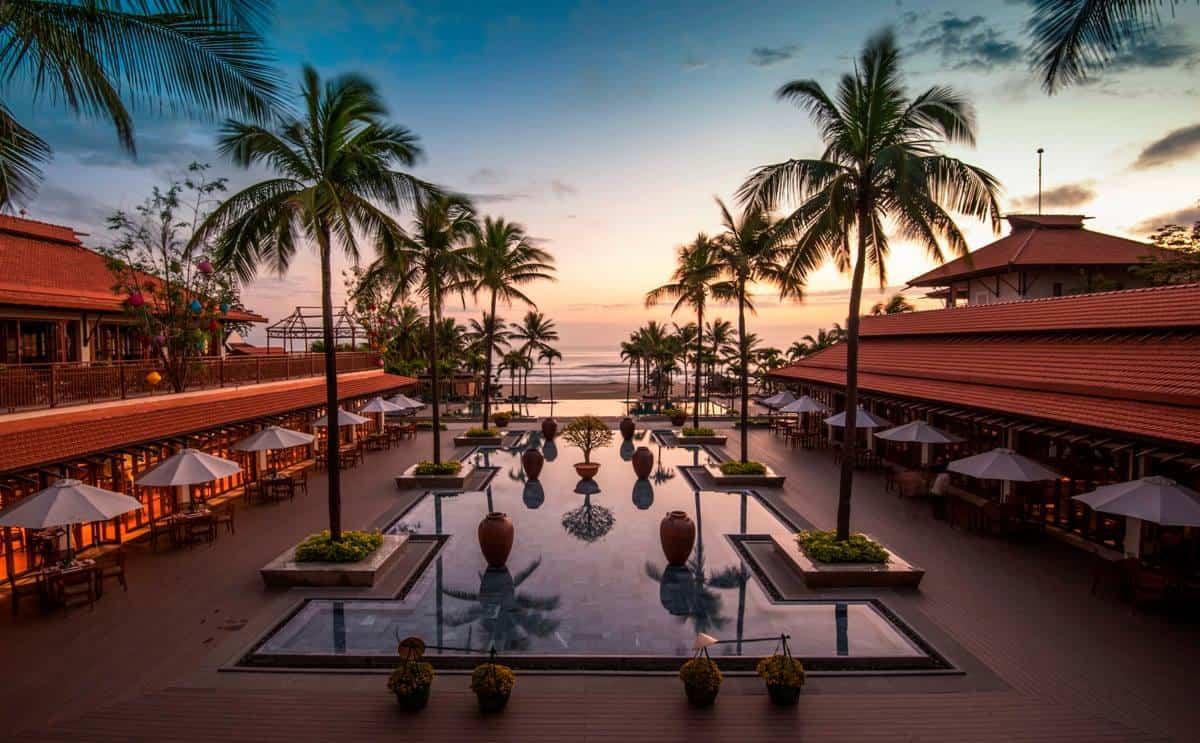 Review Furama Resort Đà Nẵng – Nghỉ dưỡng tuyệt đối với không gian thuần Việt
