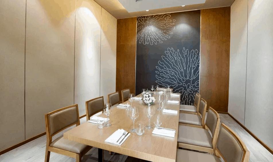 Phòng ăn Vip dành cho những du khách muốn tìm kiếm không gian riêng tư. Nguồn ảnh: seashellshotel.vn