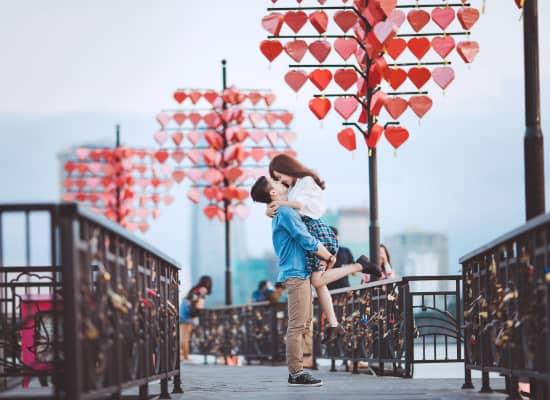 Cầu tình yêu địa điểm hẹn hò lý tưởng - Ảnh ST