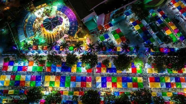 Toàn cảnh chợ đêm Quy Nhơn nhìn từ cao - Nguồn ảnh: @ T.C.Son