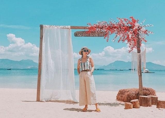 Du lịch Nha Trang mùa thấp điểm để tiết kiệm chi phí