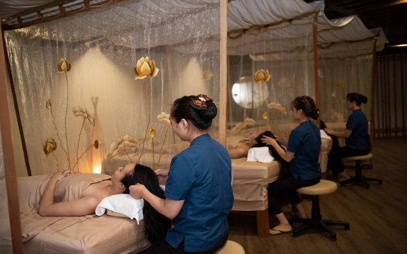 Du khách được trải nghiệm dịch vụ Spa chuyên nghiệp