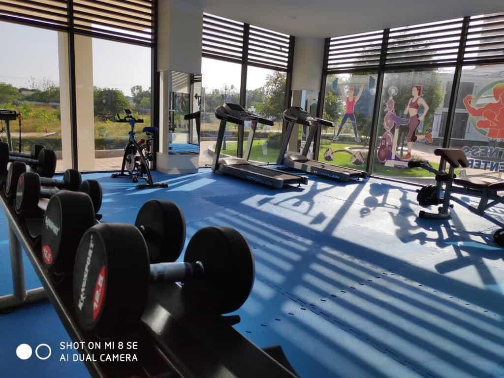 Tiện nghi phòng tập gym của khách sạn Navy Cam Ranh