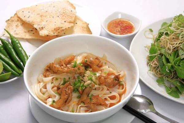 Mì quảng món ăn nổi tiếng ở Đà Nẵng - Ảnh ST