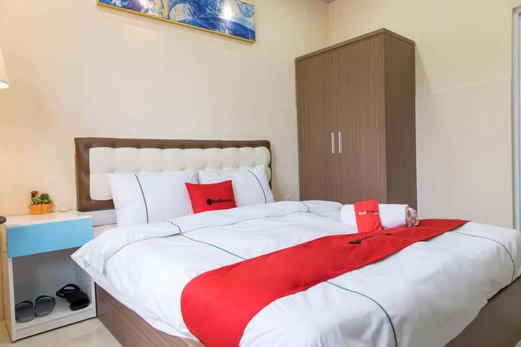Phòng nghỉ sạch đẹp với giường cực rộng cho các cặp đôi