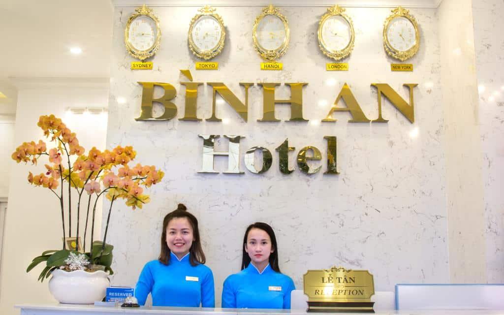 Đội ngũ nhân viên nhiệt tình và tận tâm của Bình An Hotel