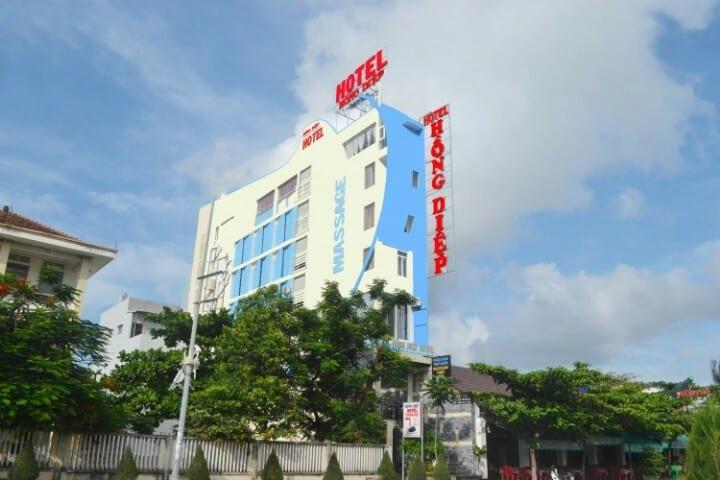 Hình ảnh khách sạn Hồng Diệp với view từ bên ngoài