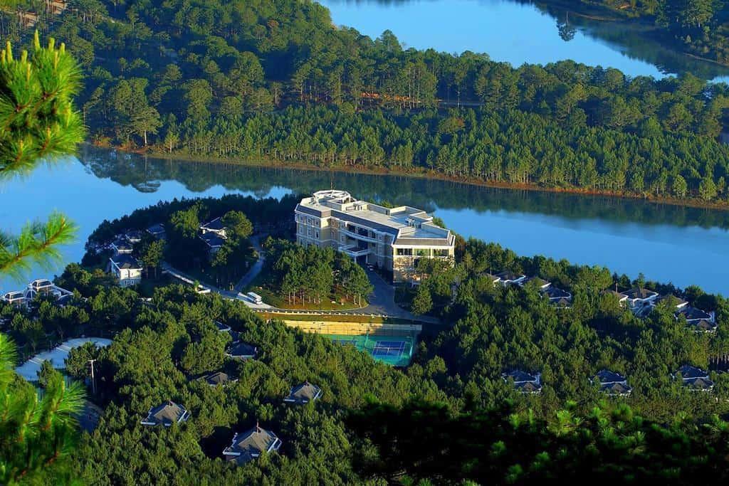 Dalat Edensee Lake Resort & Spa đắm mình trong khung cảnh hữu tình của thung lũng