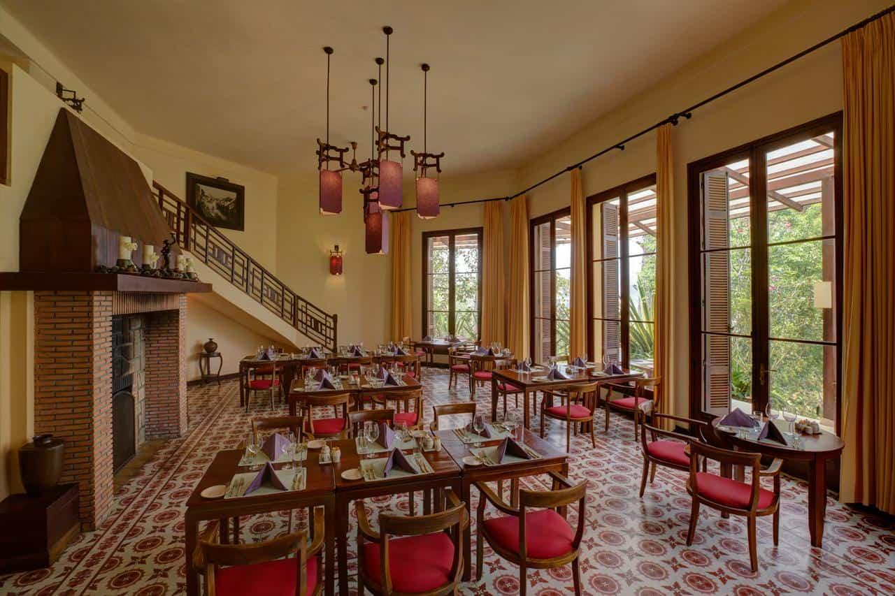 Không gian cổ điển cho những bữa ăn ngon miệng tại nhà hàng Le Petit