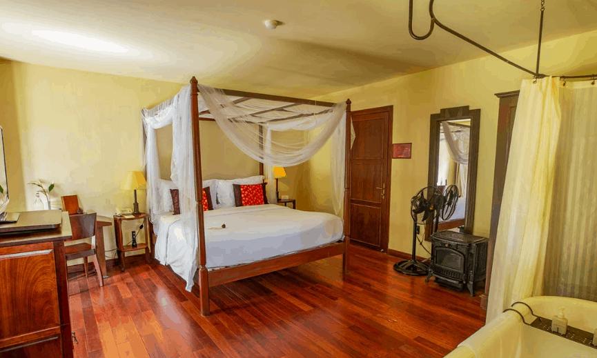 Phòng Le Petit với không gian lãng mạn, tiện nghi mang hơi hướng cổ điển
