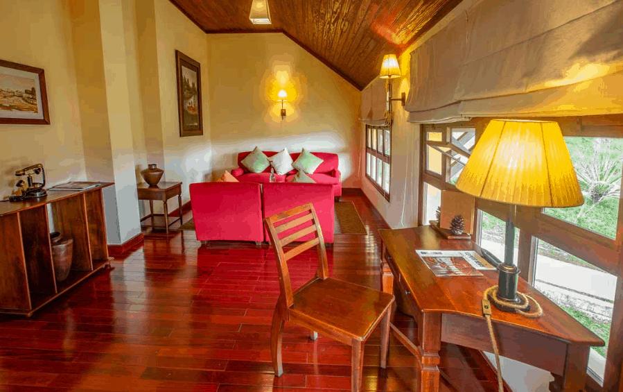 Vẻ đẹp cổ điển của các chi tiết nội thất sẽ khiến du khách thích thú