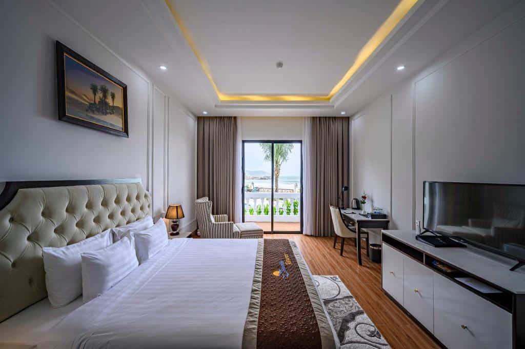 Du khách cũng có thể chọn giường cỡ King rộng rãi