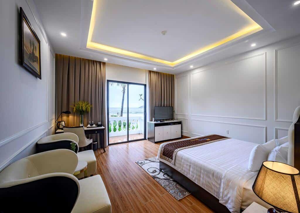 Phòng Executive cũng mang lại những tiện nghi cao cấp và không gian nghỉ ấn tượng