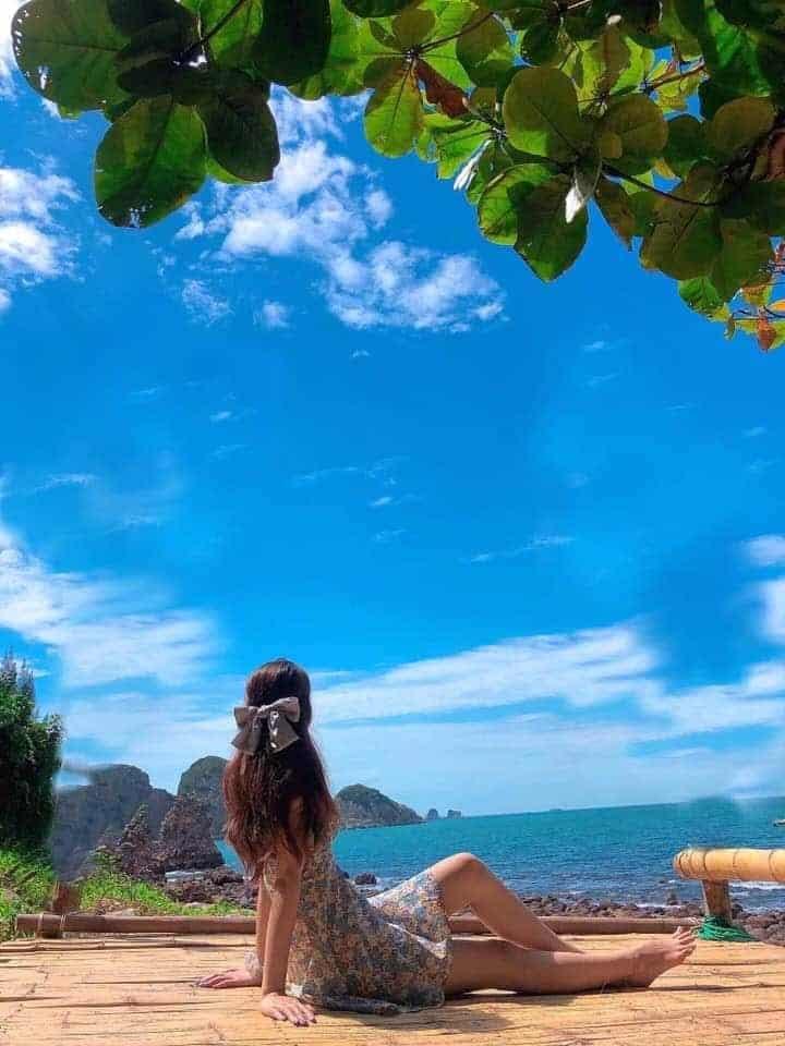Có nhiều cách di chuyển đến Bãi Đông để tận hưởng vẻ đẹp hoang sơ của biển cả - Nguồn ảnh: FB Phượng Nguyễn