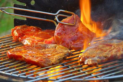 Thịt bò tái kiến đốt - Món ngon nổi tiếng ở Tam Đảo nhất định phải thử - Nguồn ảnh: Internet