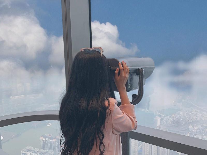 Đài quan sát nơi ngắm thành phố từ trên cao cũng là góc sống ảo đẹp mê ly - Nguồn ảnh: Internet