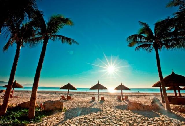 Tháng 8 là mùa du lịch biển. Nguồn: Internet