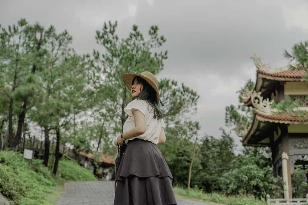 Vũng Chùa - Đảo Yến là địa điểm du lịch sinh thái hấp dẫn khách du lịch Quảng Bình. Hình: Nguyễn Hoàng Khánh An