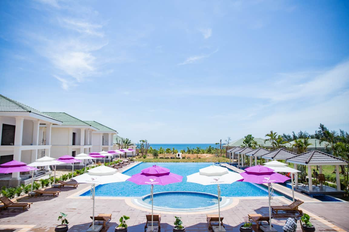 Gold Coast Hotel Resort & Spa sở hữu bãi biển riêng