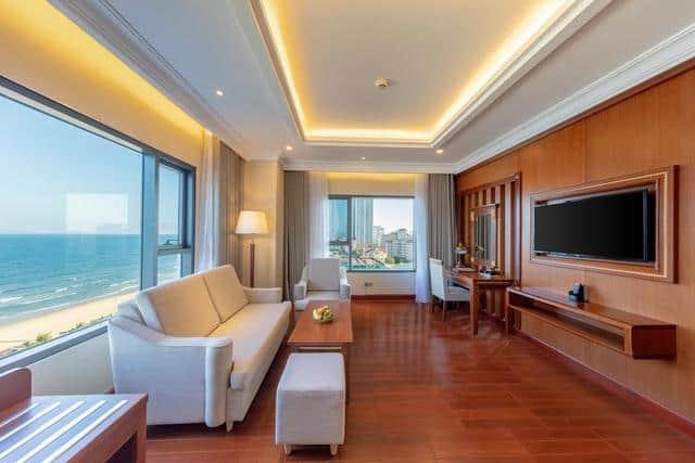 Thiết kế nội thất cao cấp trong phòng nghỉ của DLG hotel