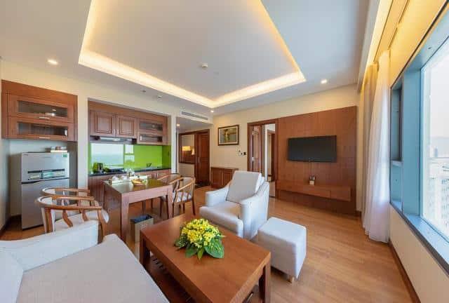 Khu vực bếp, phòng ăn và phòng tiếp khách của kiểu phòng Family
