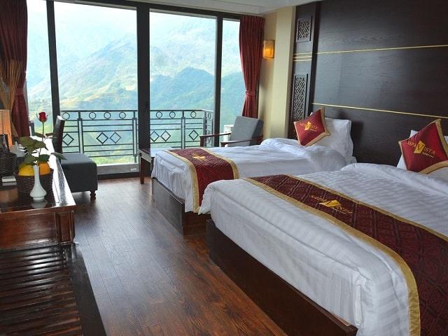 Khi đi du lịch cùng gia đình, bạn nên lựa chọn khách sạn rộng rãi, thoáng đãng để có thể nghỉ ngơi thoải mái