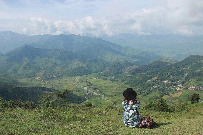 Từ trên đèo Khau Phạ. Hình: Sưu tầm