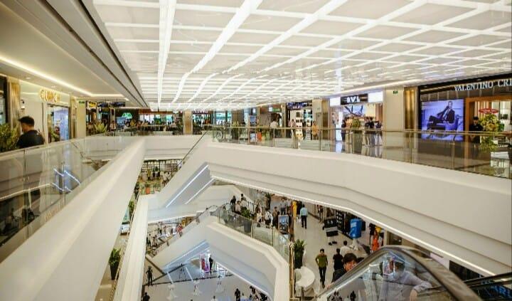 Cả một thiên đường mua sắm trong không gian đẳng cấp cho cô nàng mê shopping - Nguồn ảnh: Internet