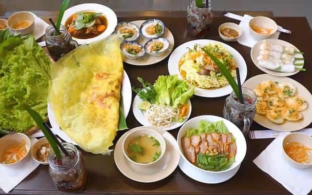 Những món ngon nổi tiếng ở nhà hàng Cô Ba rất được du khách yêu thích