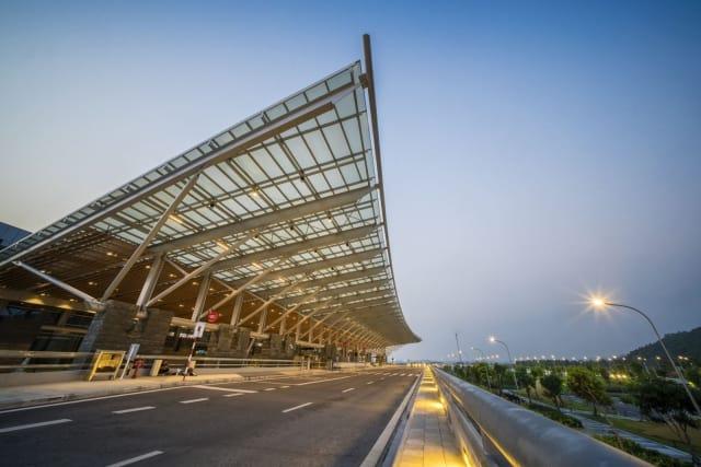 Sân bay Vân Đồn cách Hạ Long 60km. Ảnh: Internet