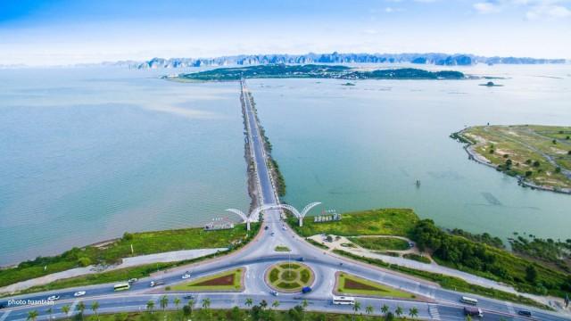 Đường di chuyển ra đảo Tuần Châu. Ảnh: Internet